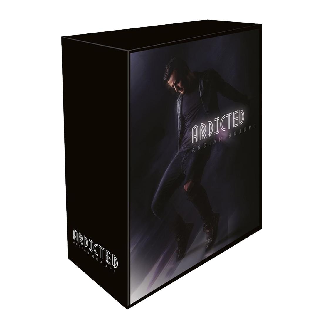 Ardicted (ltd. Fan Edition mit T-Shirt Boys M) von Ardian Bujupi - Boxset jetzt im Bravado Shop