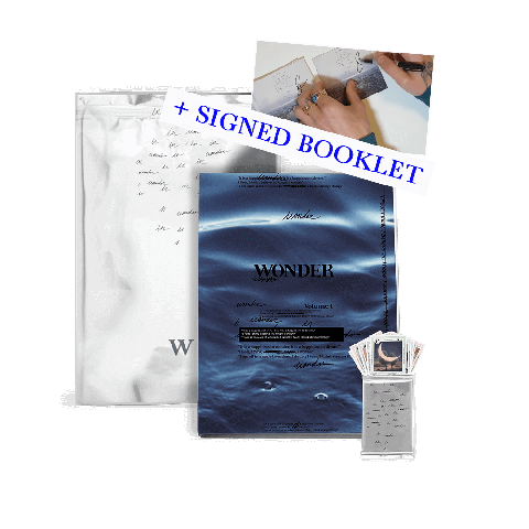 √WONDER LIMITED EDITION ZINE w/ LIMITED COLLECTIBLE CARDS PACK VI + SIGNED BOOKLET von Shawn Mendes - CD-Bundle jetzt im Bravado Shop