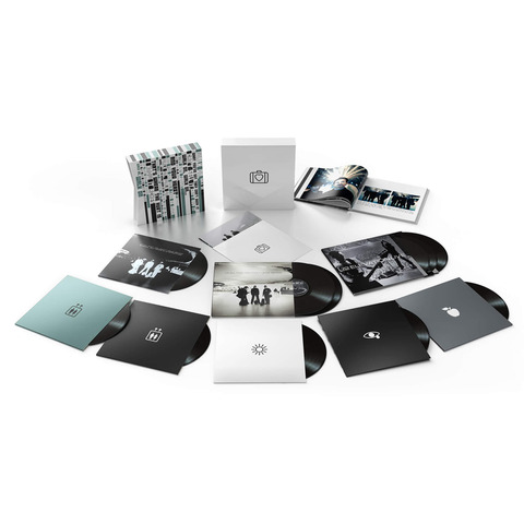 All That You Can't Leave Behind Super Deluxe Edition LP Box von U2 - Boxset jetzt im Bravado Shop