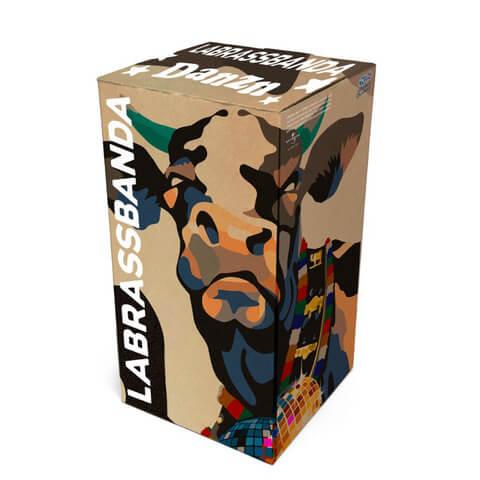 √DANZN (Ltd. Bundle: Box mit 1 Ticket für Exklusives Konzert) von LaBrassBanda - Box jetzt im Bravado Shop