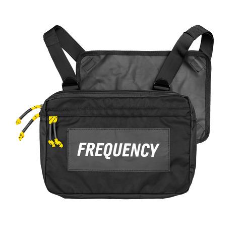 √Reflective Logo von Frequency Festival - Chest Bag jetzt im Bravado Shop