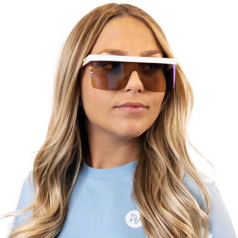 √Platinum von Parookaville Festival - Sonnenbrille mit Kette jetzt im Bravado Shop